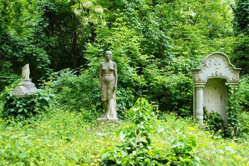 Nógrádon kívül – Fiumei úti temető III.
