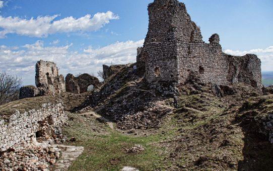 Nógrádon kívül - Tornai vár