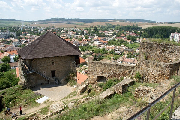 Füleki vár - Hrad Fiľakovo