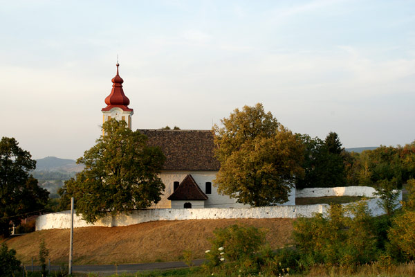 Tar - templom